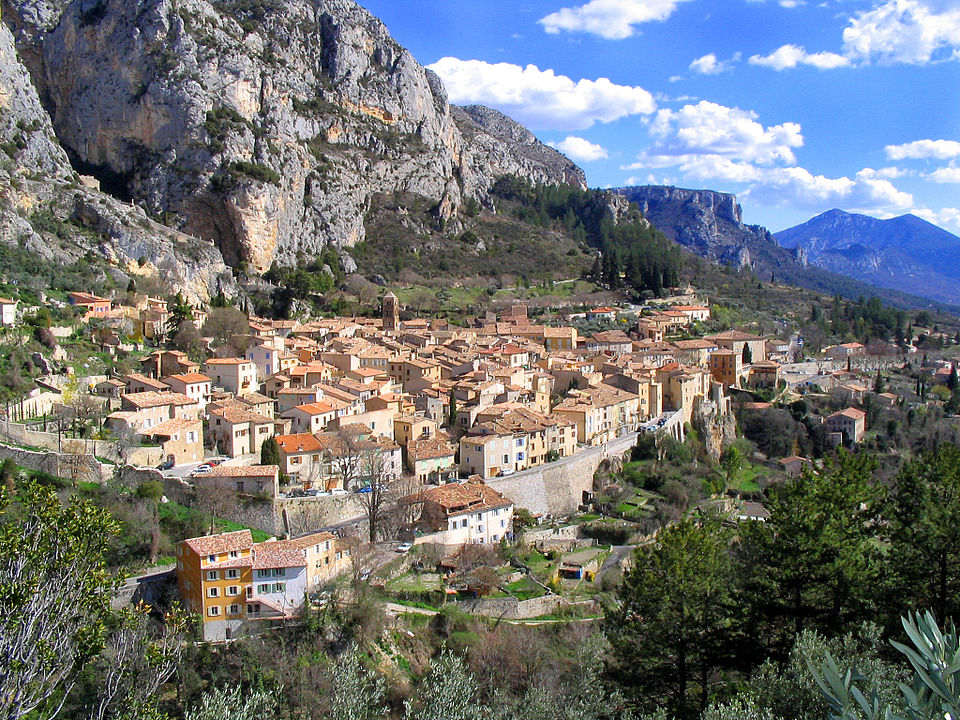The village of Moustiers-Sainte-Marie, seen from above